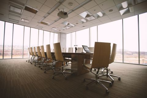 conference-room-768441_1920 (1)