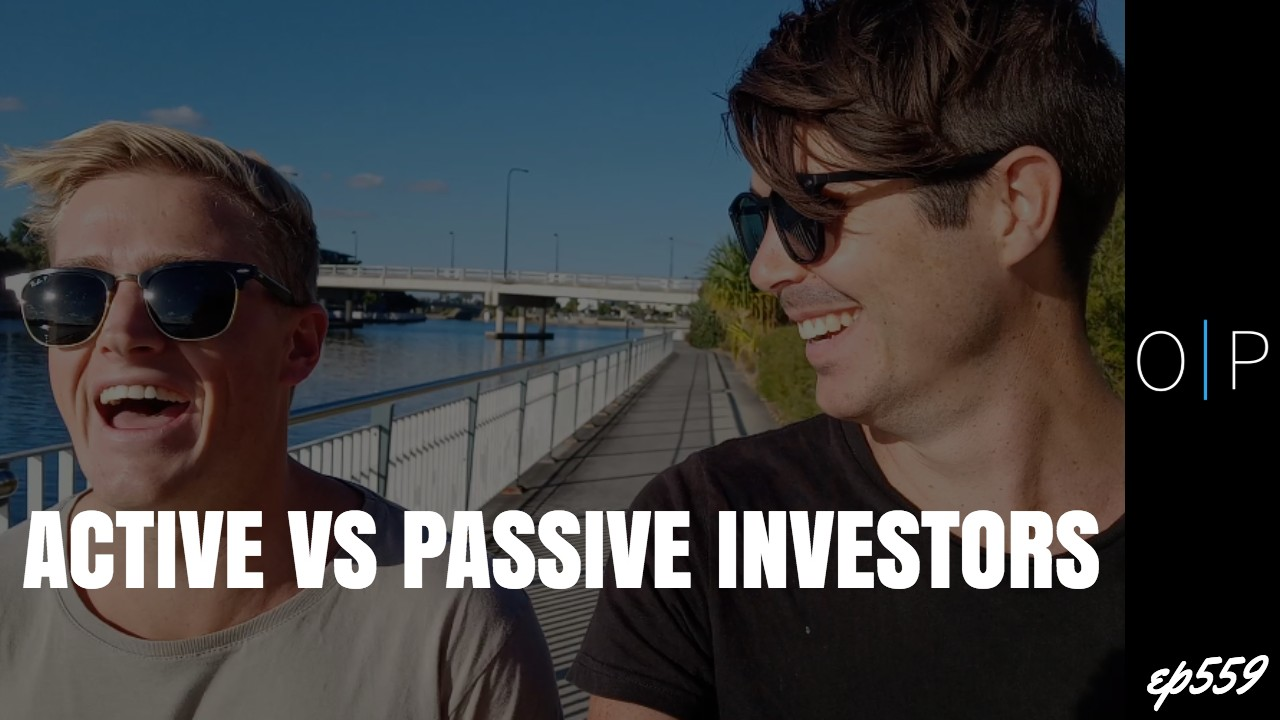 The Difference Between Active and Passive Investors